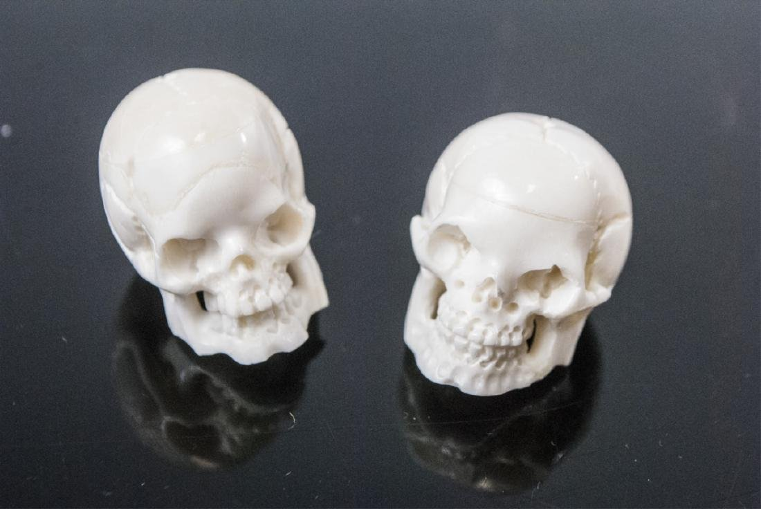 Pair Memento Mori Human Skull Necklace Pendants - 4