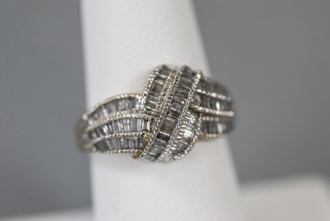 Vintage 10kt Yellow Gold & Baguette Diamond Ring