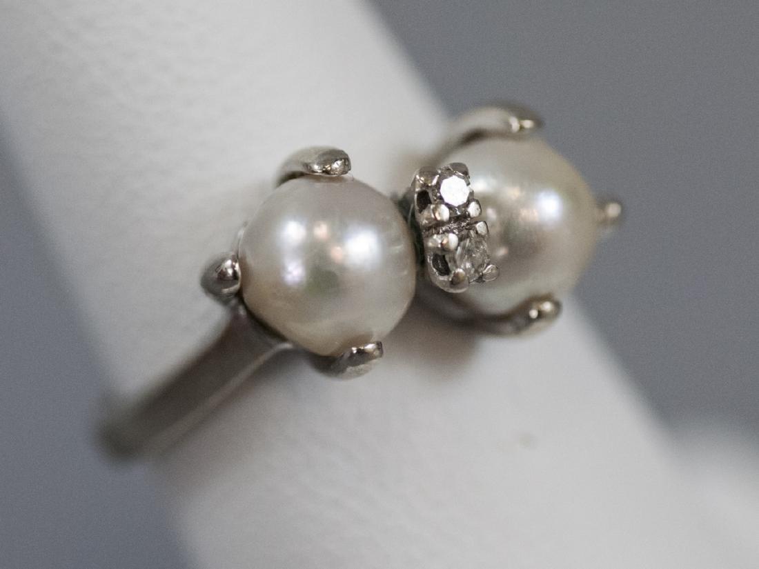 Estate 14kt White Gold Diamond & Pearl Ring