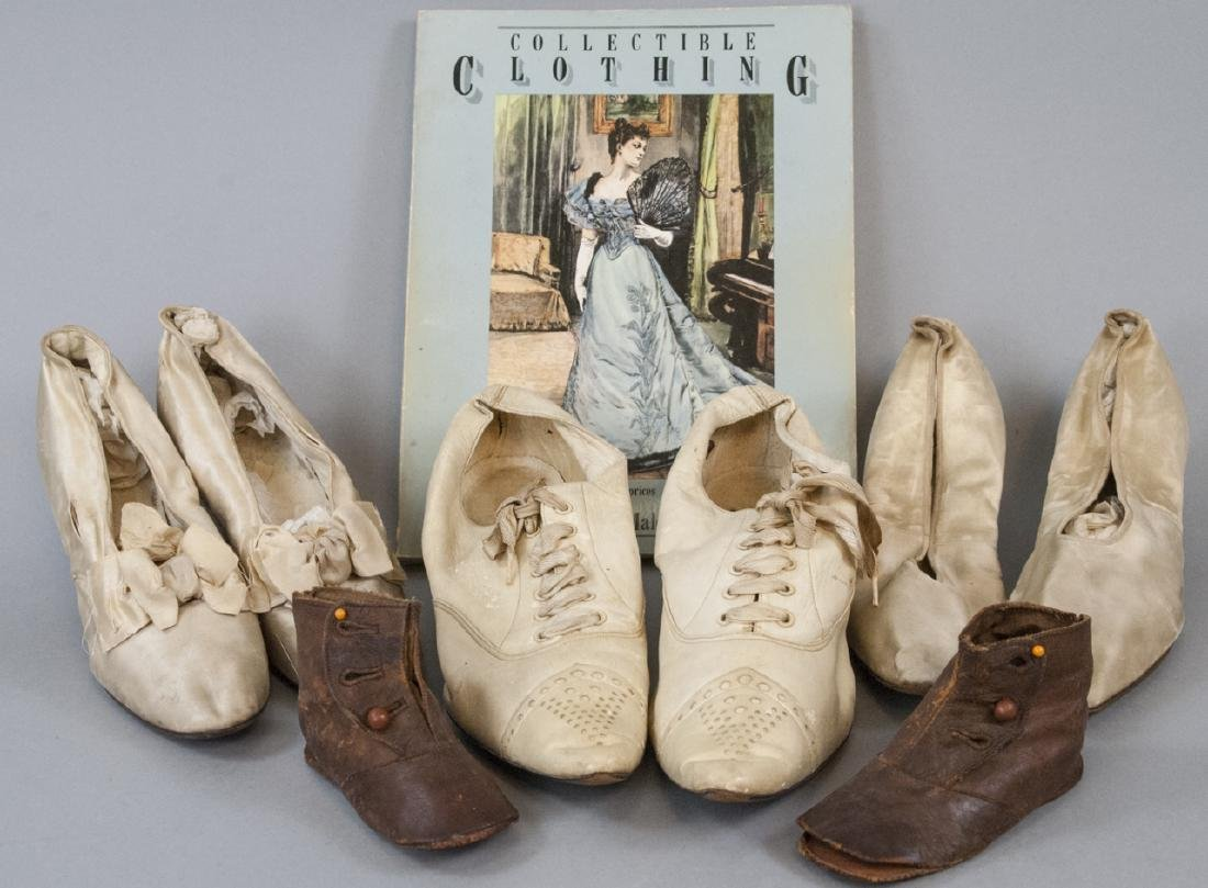 Antique Leather & Silk Shoes w Fashion Book