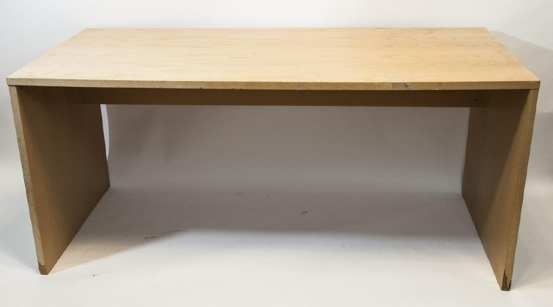 Modern Design Light Wood Desk
