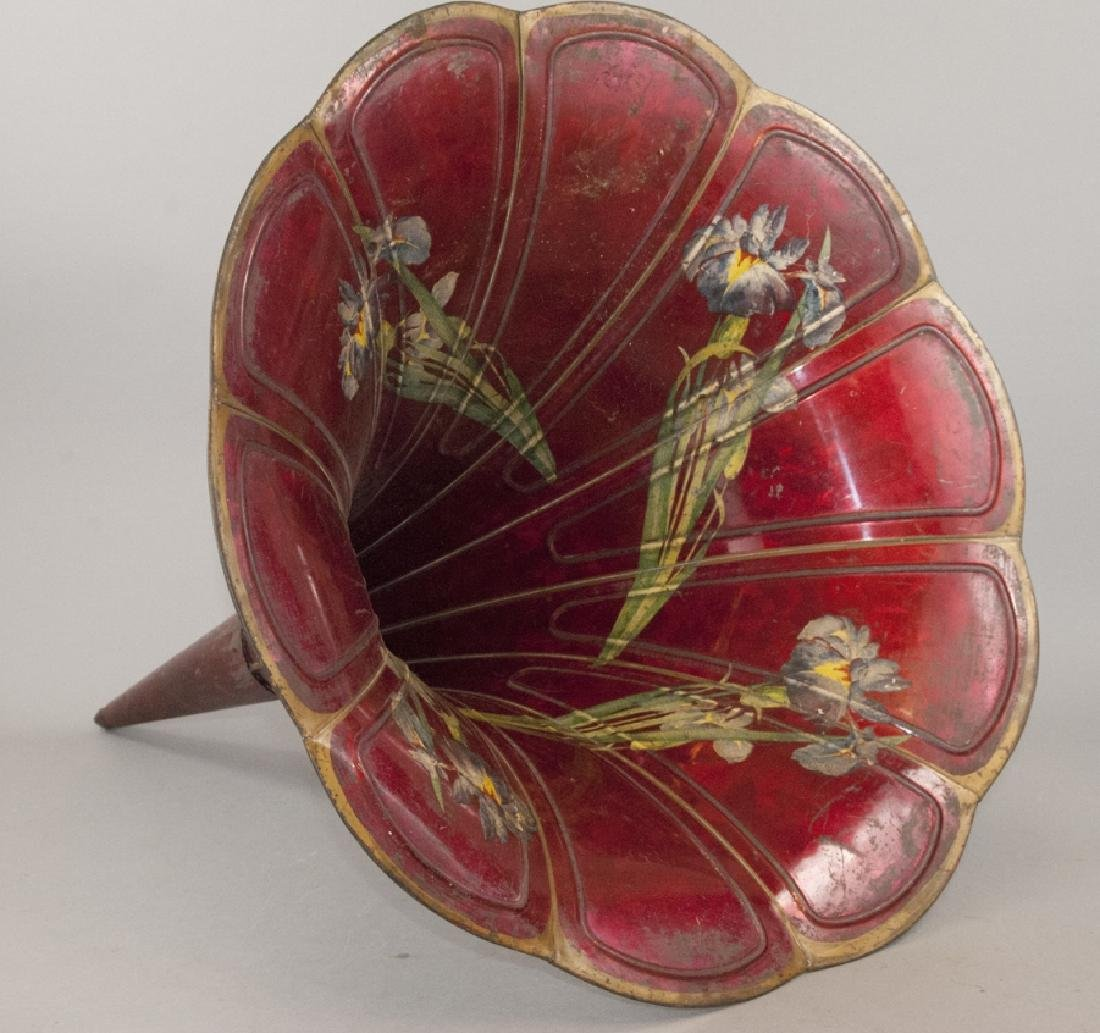 Antique Victor Victrola H&S Flower Horn