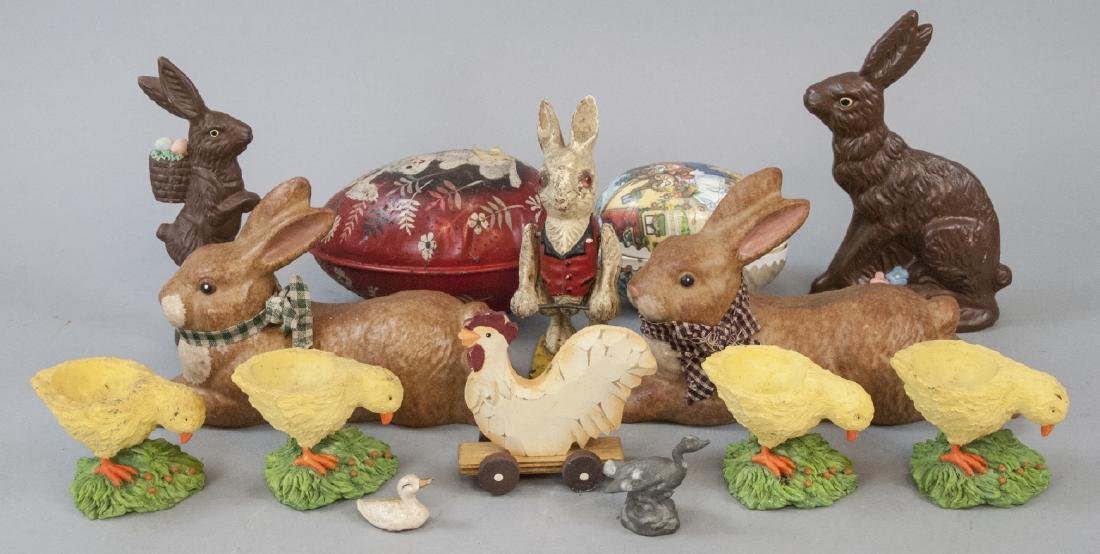 Lot of Vintage Easter Toys & Decorations