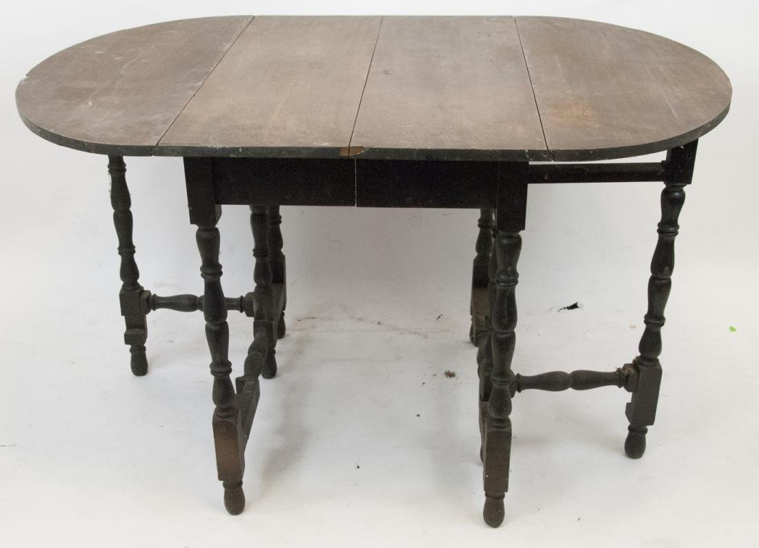 William & Mary Style Gate-Leg Drop Leaf Table
