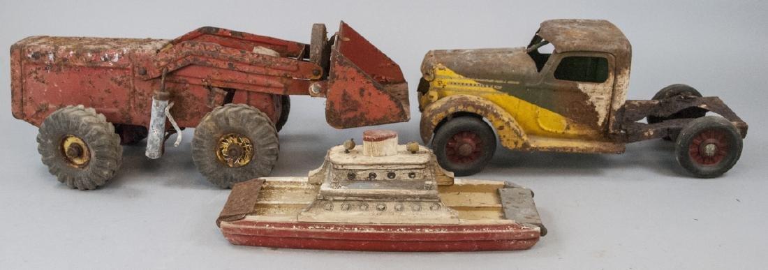 NY-Lint, BuddyL Antique Trucks & Wooden Ferry