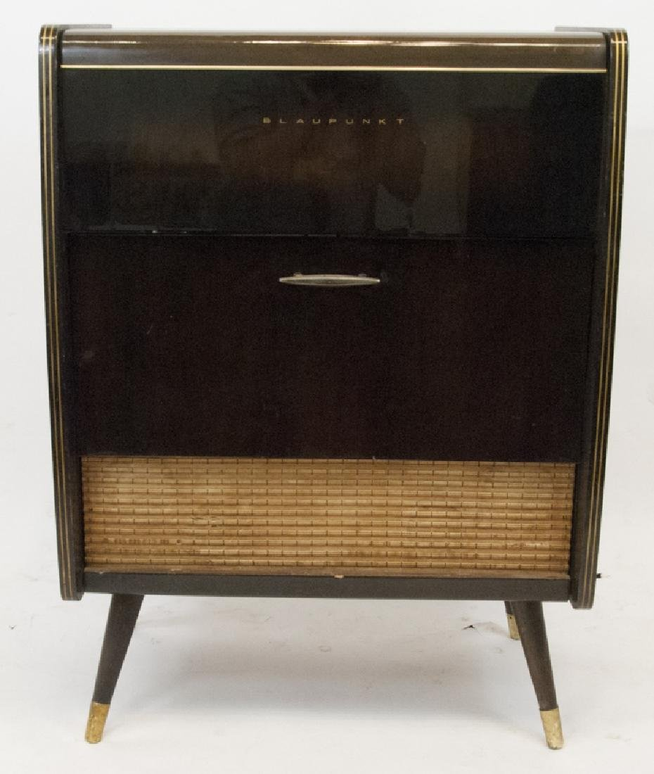 Mid Century / Retro Style Blaupunkt Radio