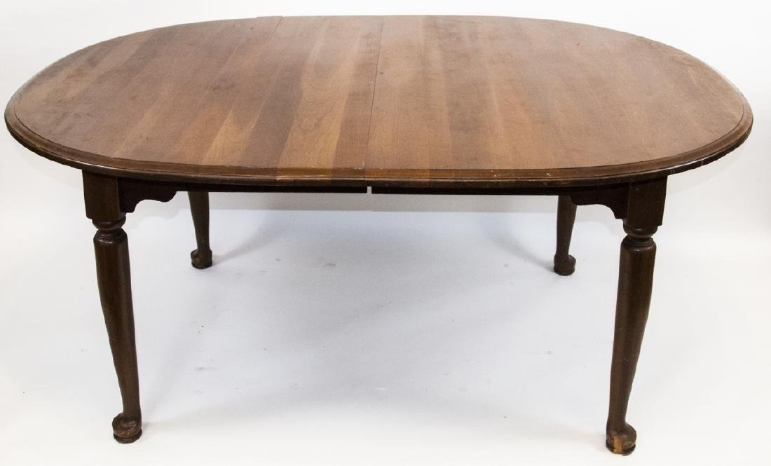 Wooden Oval Dining Room Table W/ Turned Legs