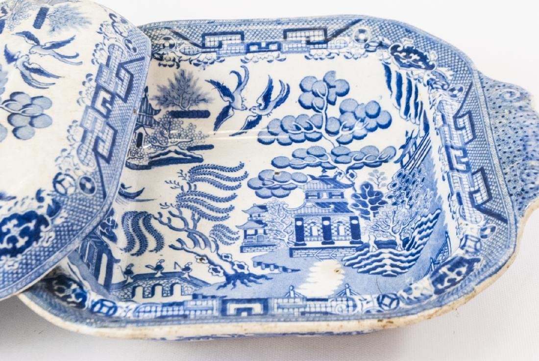 Antique English Blue Willow Chinese Pattern Tureen - 5