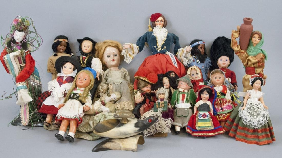 Collection Vintage Dolls Including Foreign Country