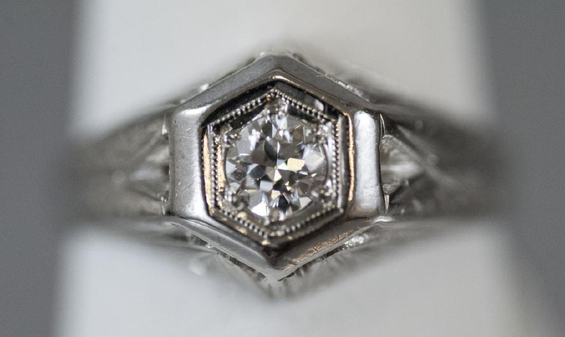 Estate 14kt White Gold Art Deco Diamond Ring