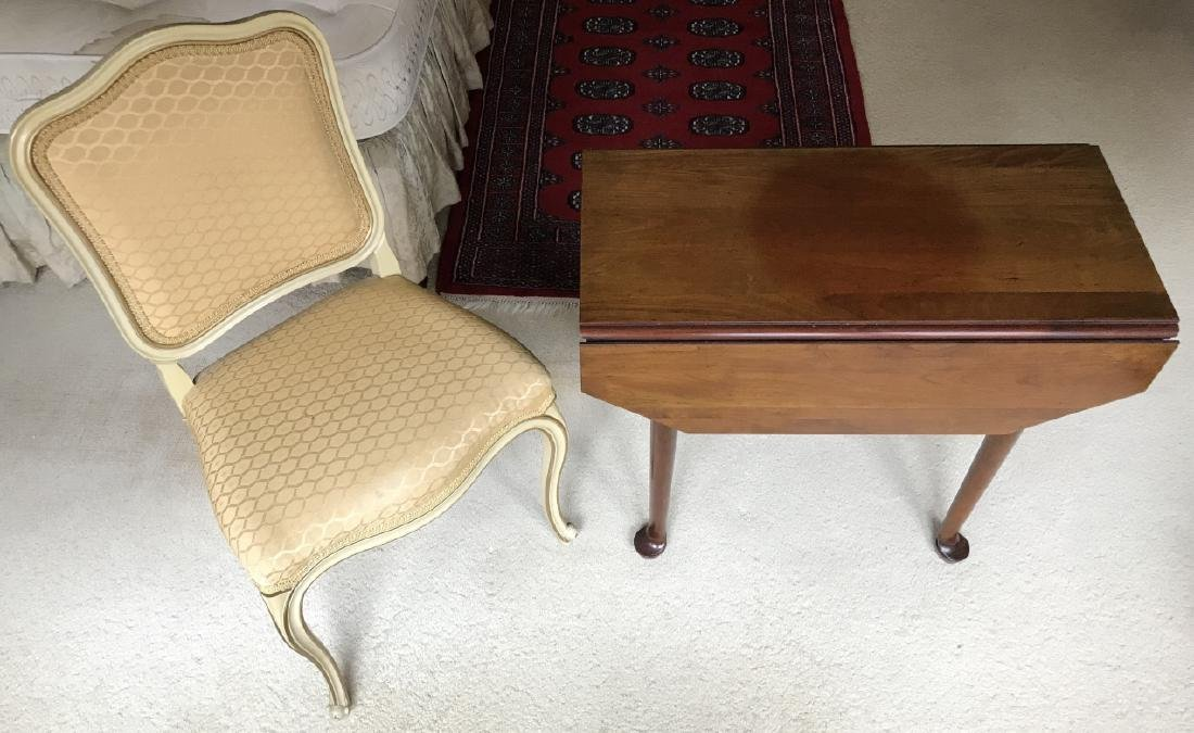 English Mahogany Queen Anne Table w Side Chair