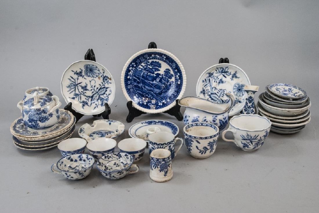 Lot of Vintage Blue & White Porcelain Small Pieces