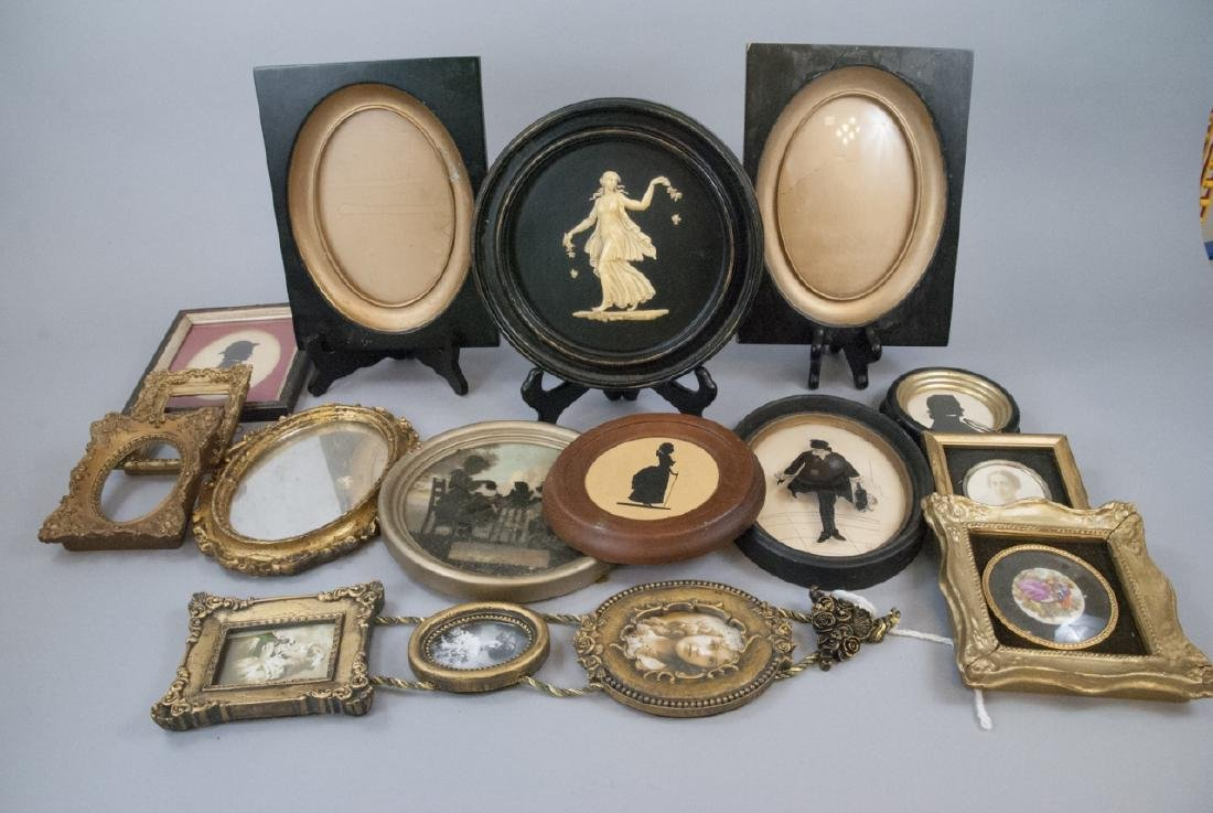 Lot  Antique Silhouettes & Small Picture Frames