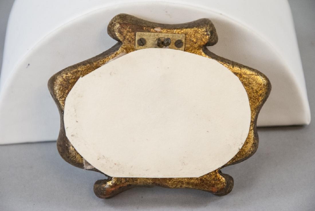 Antique Italian Frame w Grand Tour Style Medallion - 3