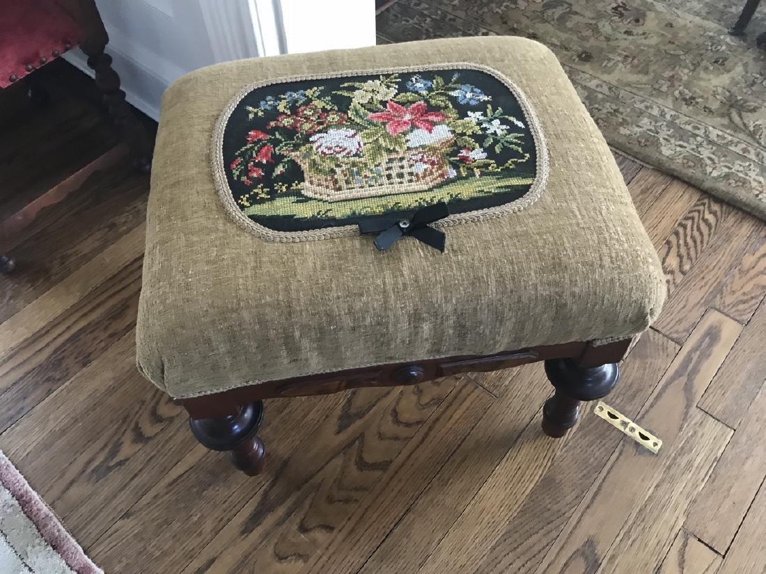 Antique 19th C American Victorian Ottoman Bench - 3
