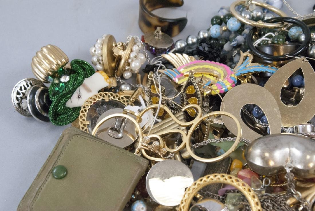 Large Collection of Vintage Costume Jewelry Pieces - 2