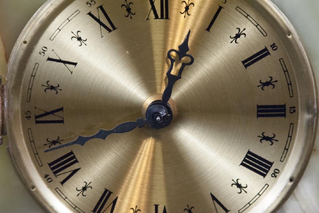 Vintage Green Onyx & Ormolu Table Clock - 2