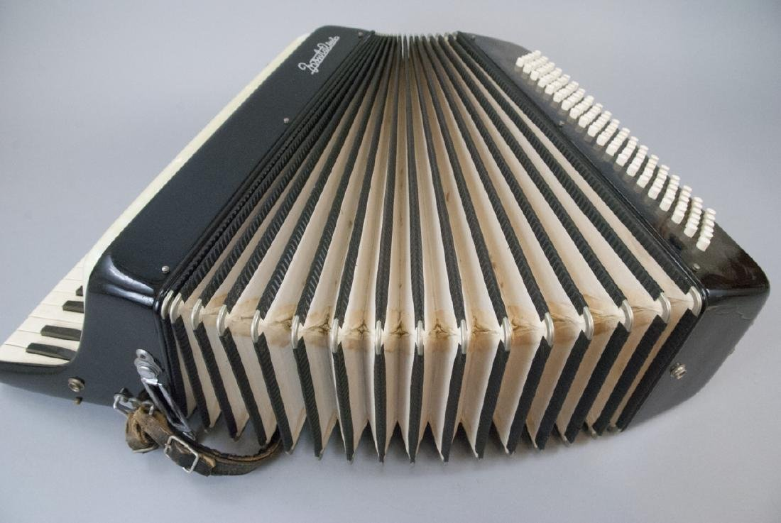 Frontalini Vintage Accordion and Case - 4