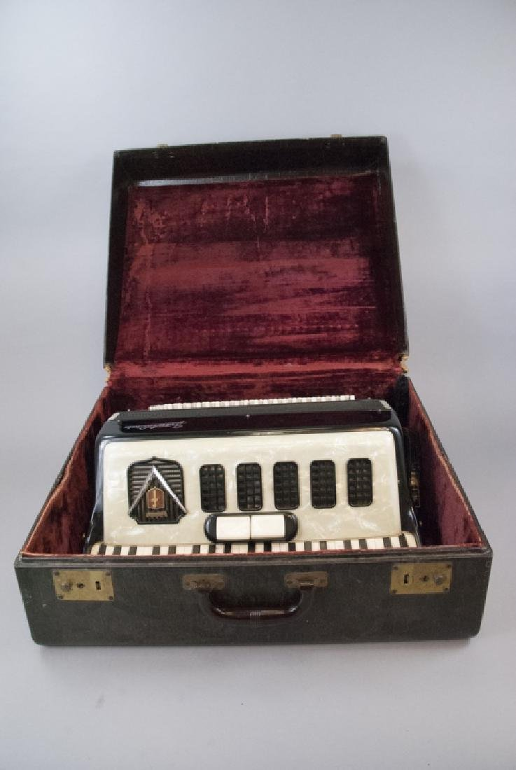 Frontalini Vintage Accordion and Case - 5