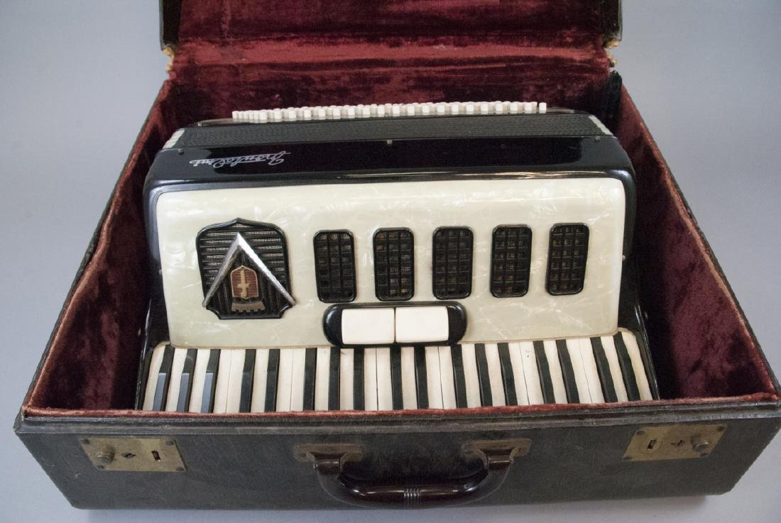 Frontalini Vintage Accordion and Case - 6