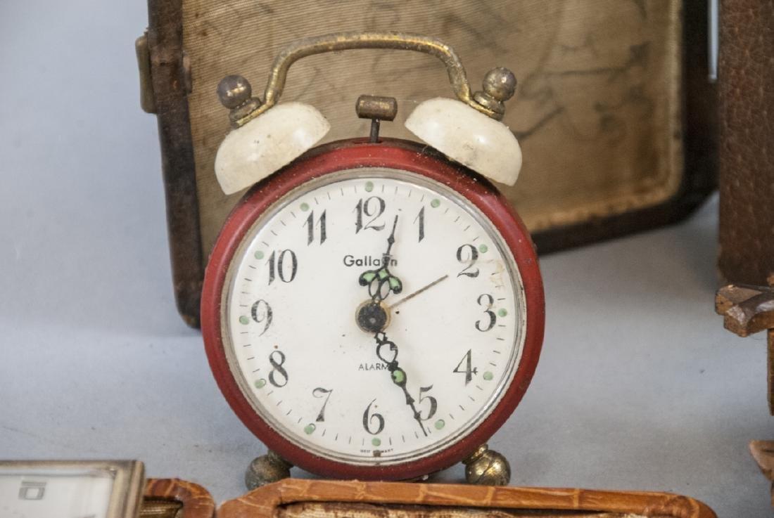 Assorted Lot Of Vintage & Antique Desk Clocks - 3