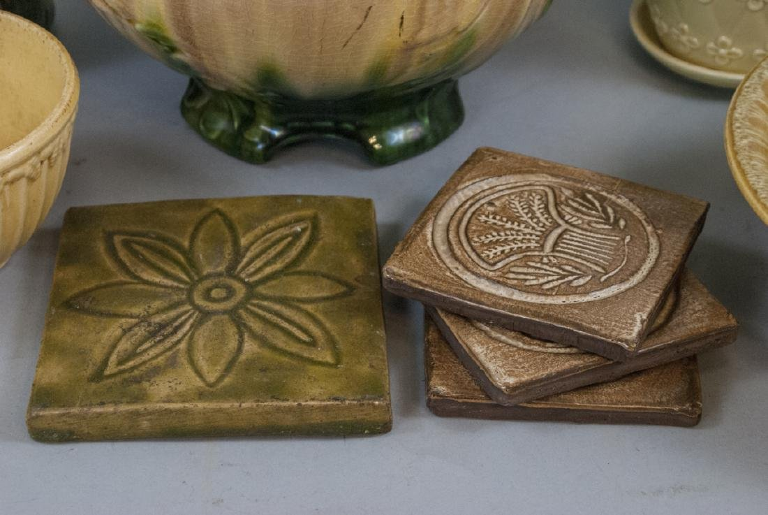 Lot of Vintage American Pottery Pieces - 4