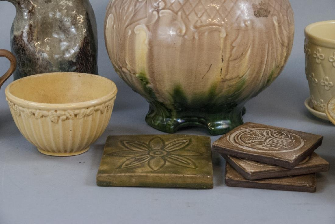 Lot of Vintage American Pottery Pieces - 6