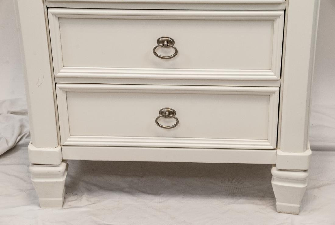 White Wooden  Traditional Nightstand W/ 3 Drawers - 2