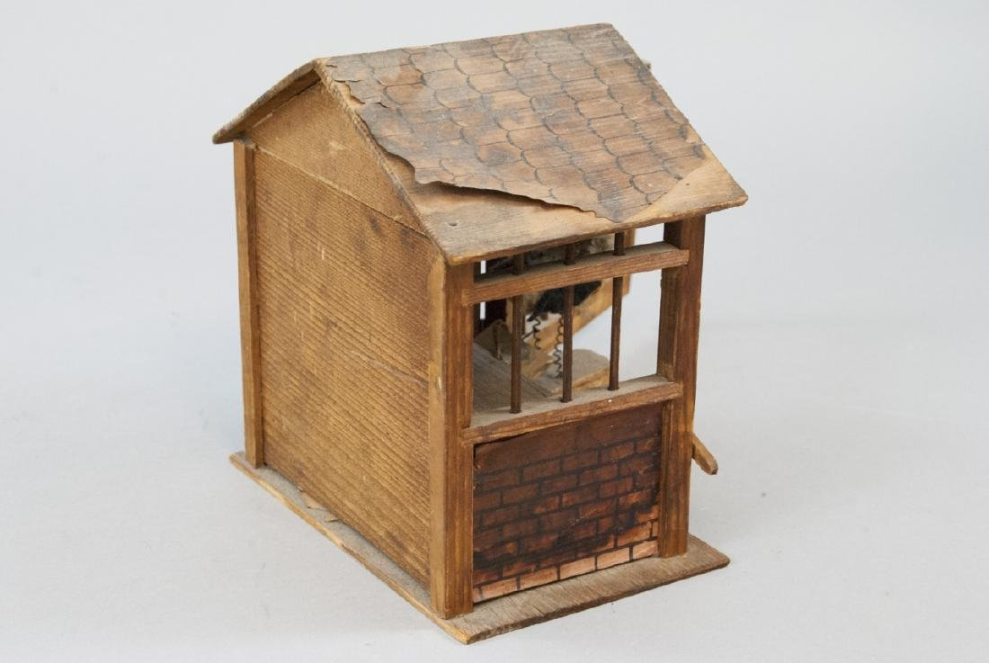 Antique Wood & Lithograph Dollhouse Barn / Stable - 2