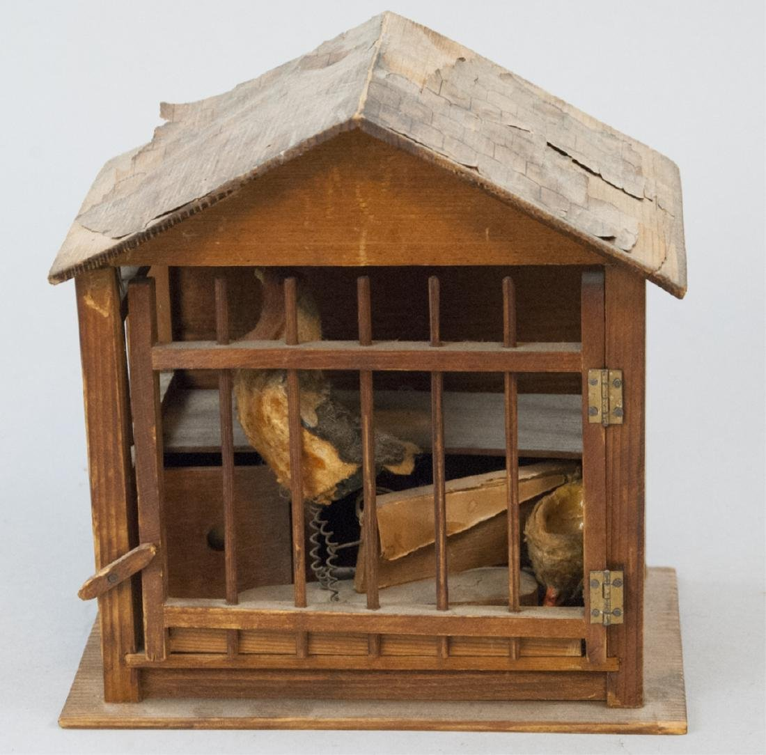 Antique Wood & Lithograph Dollhouse Barn / Stable - 4