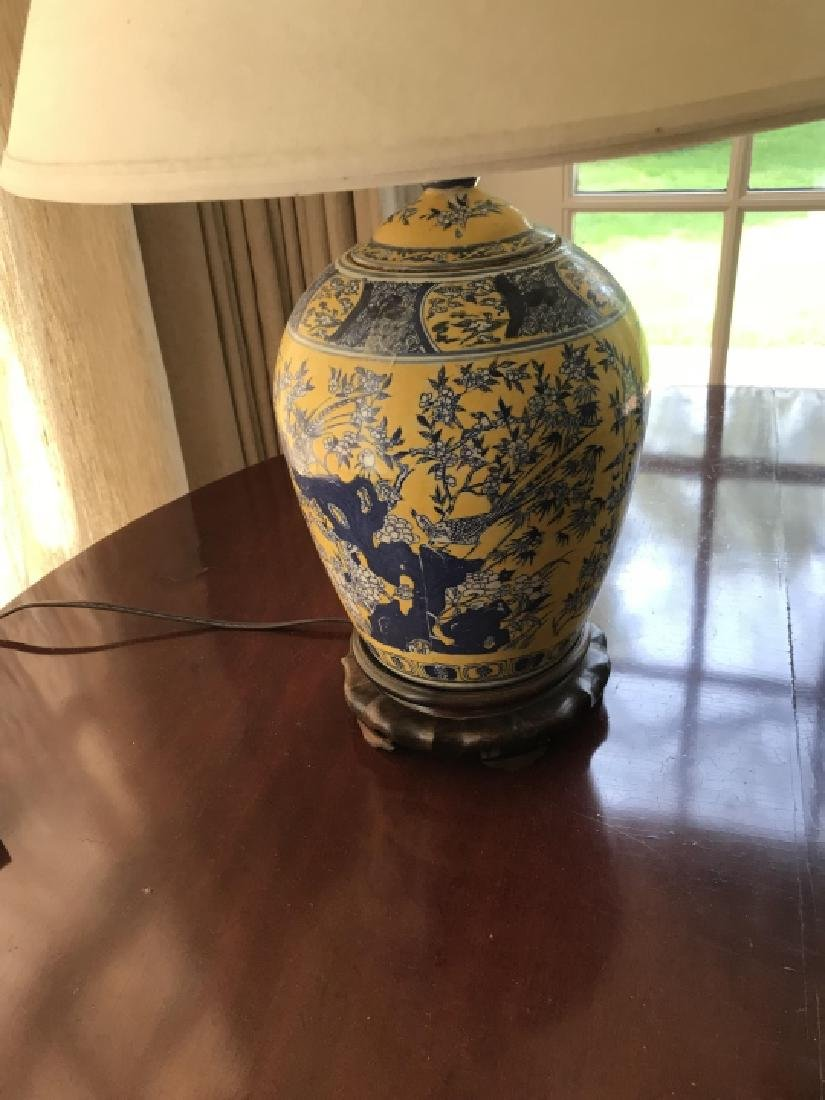 Chinese Hand Painted Porcelain Vase Mount Lamp - 4