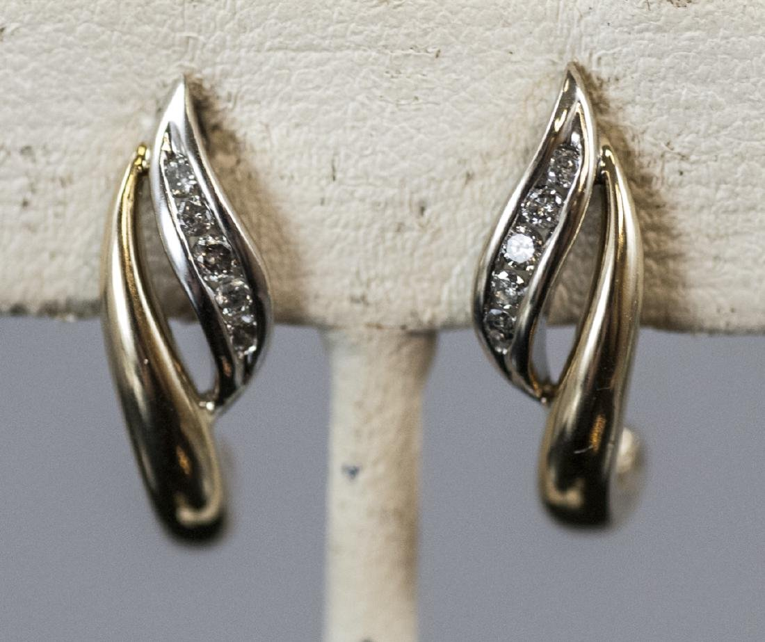 Pair Retro Style 14kt Yellow Gold Diamond Earrings