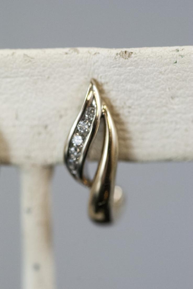 Pair Retro Style 14kt Yellow Gold Diamond Earrings - 5