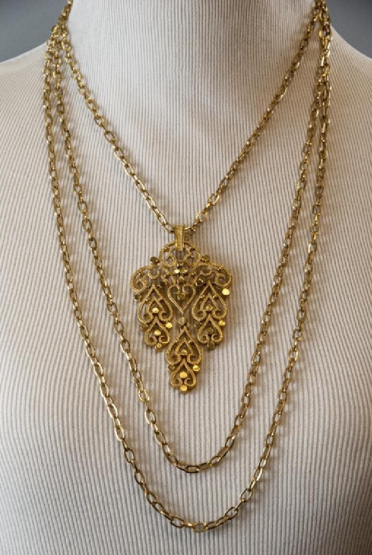 Vintage Trifari Gilt Metal Costume Necklace