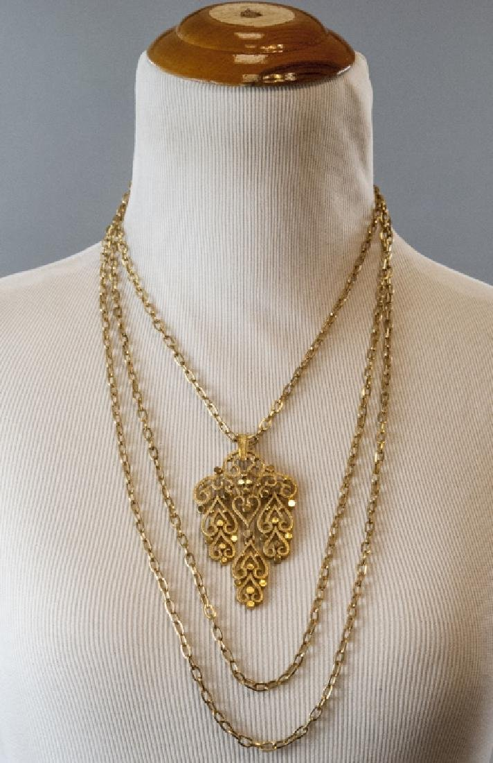 Vintage Trifari Gilt Metal Costume Necklace - 2