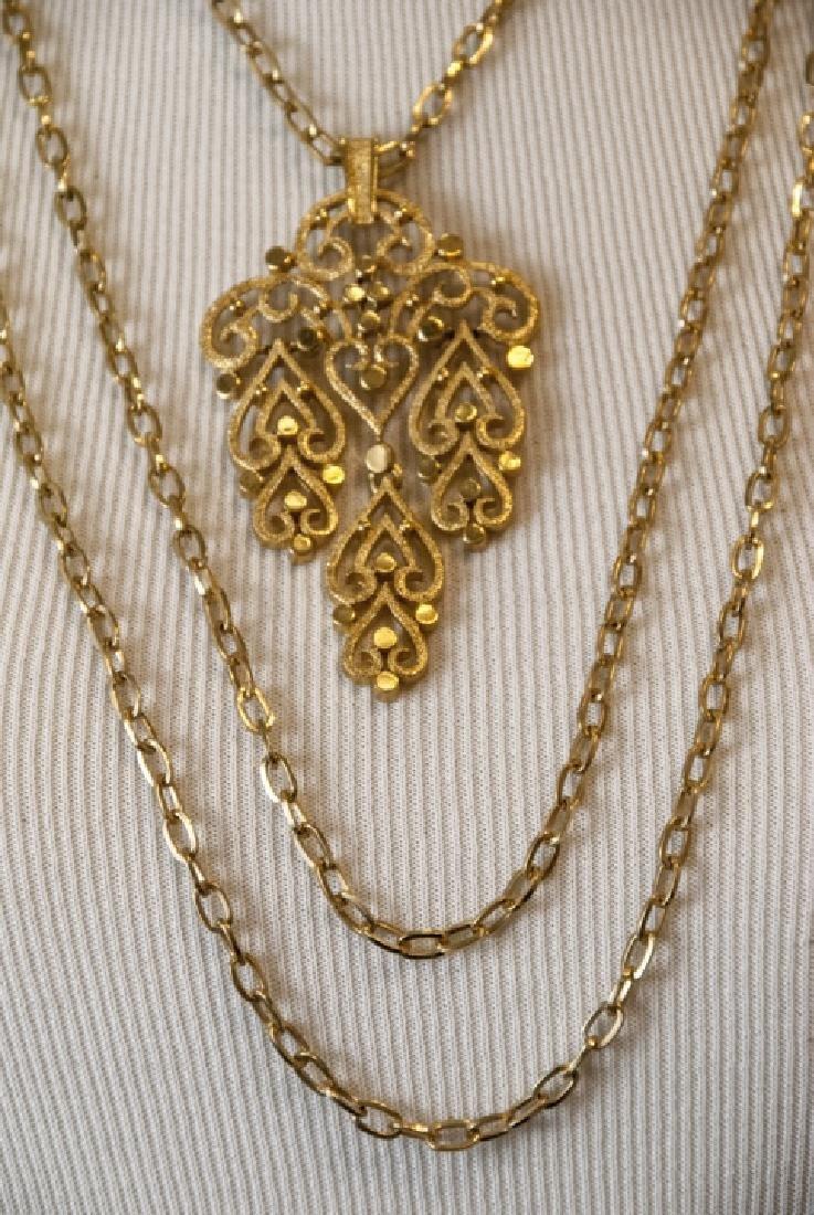 Vintage Trifari Gilt Metal Costume Necklace - 6