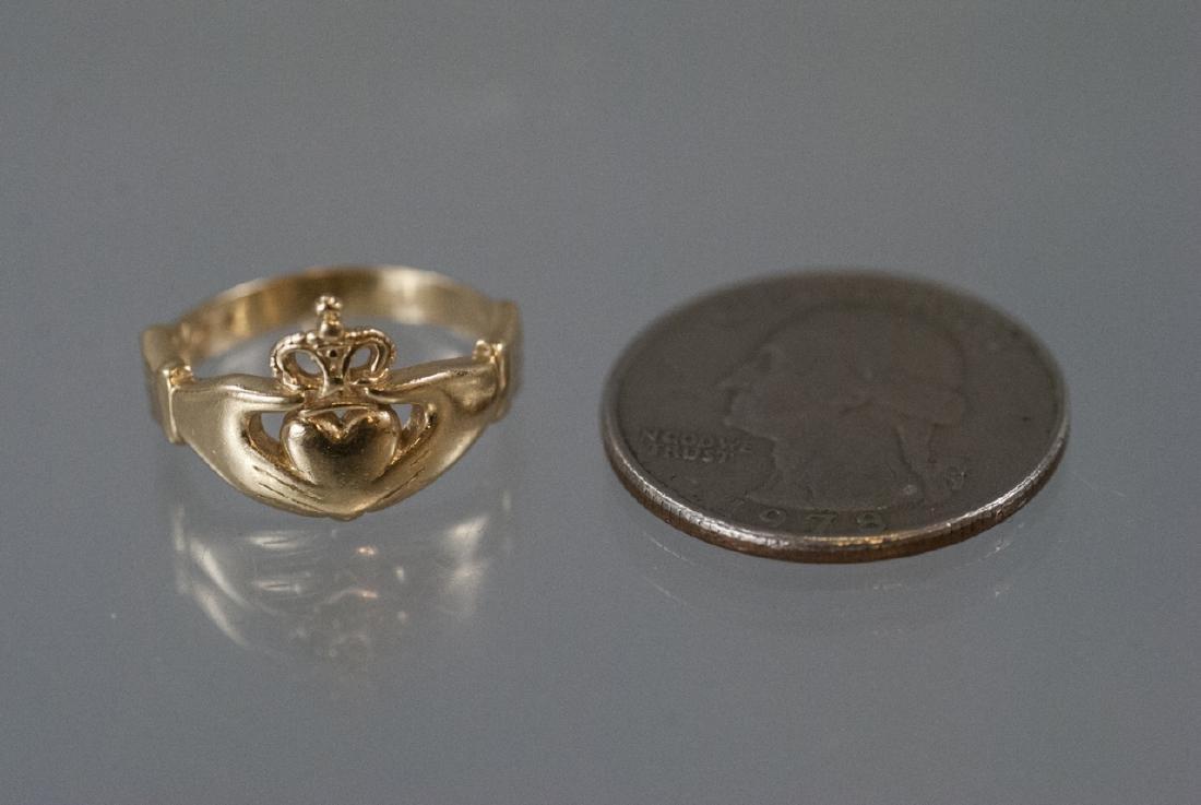 Vintage 14kt Yellow Gold Irish Claddagh Ring - 5