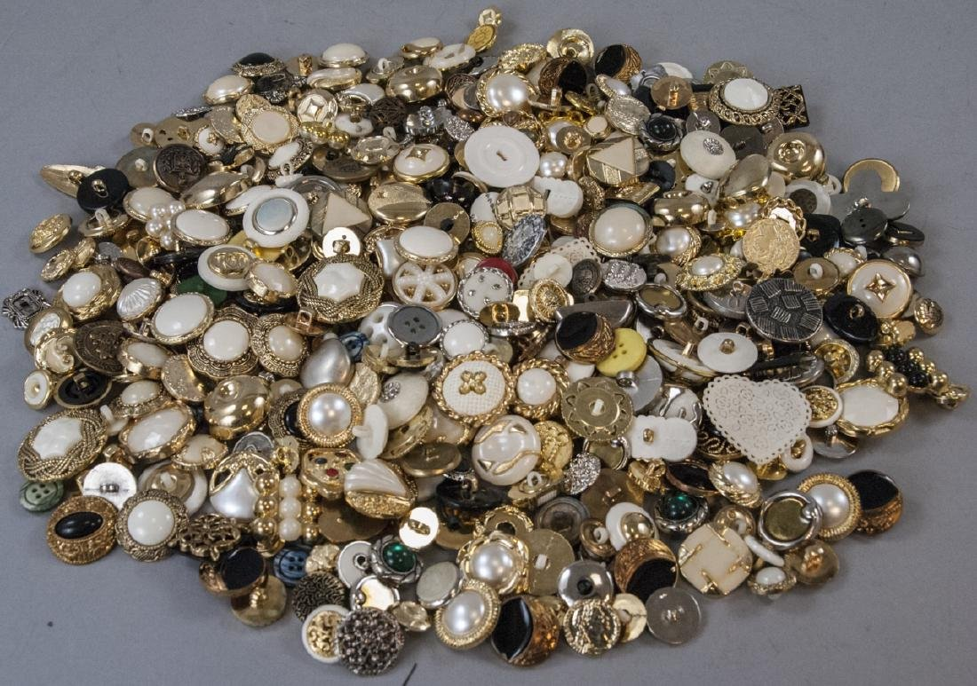 Large Collection of Vintage Clothing Buttons