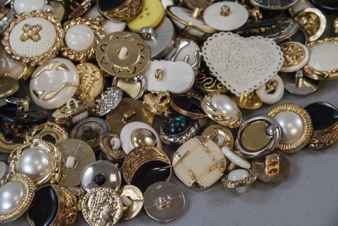 Large Collection of Vintage Clothing Buttons - 4