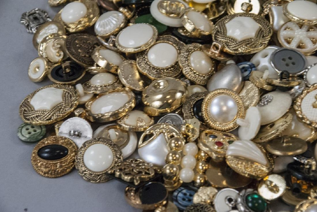 Large Collection of Vintage Clothing Buttons - 6
