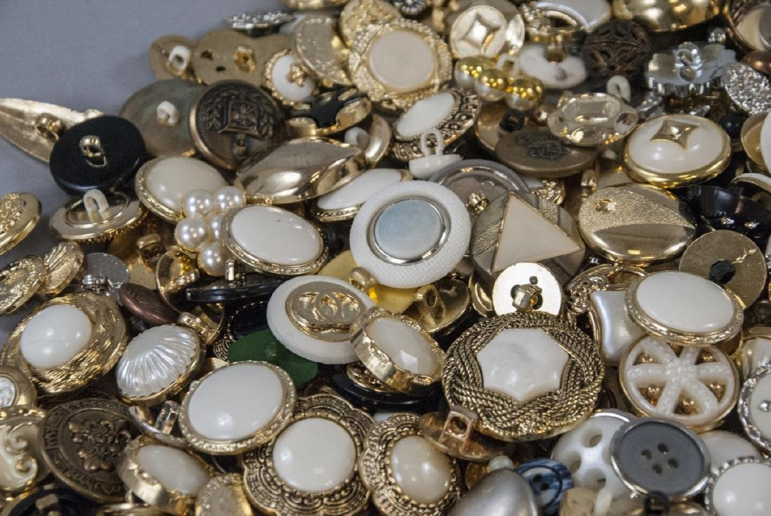 Large Collection of Vintage Clothing Buttons - 9