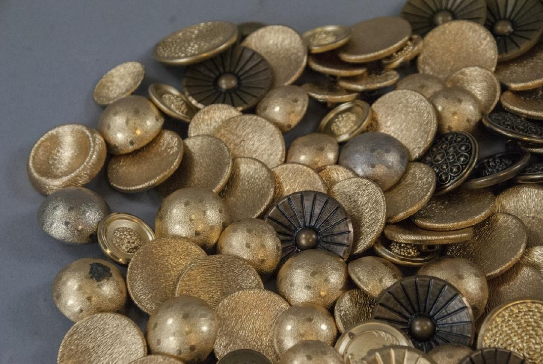 Collection Vintage Gold & Brass Tone Metal Buttons - 2