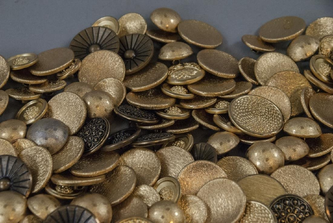 Collection Vintage Gold & Brass Tone Metal Buttons - 3