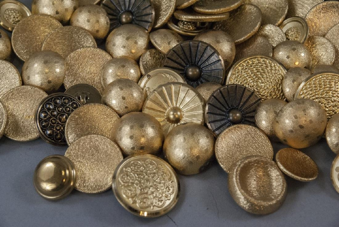 Collection Vintage Gold & Brass Tone Metal Buttons - 6