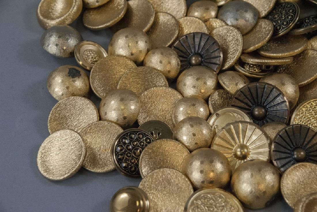 Collection Vintage Gold & Brass Tone Metal Buttons - 7