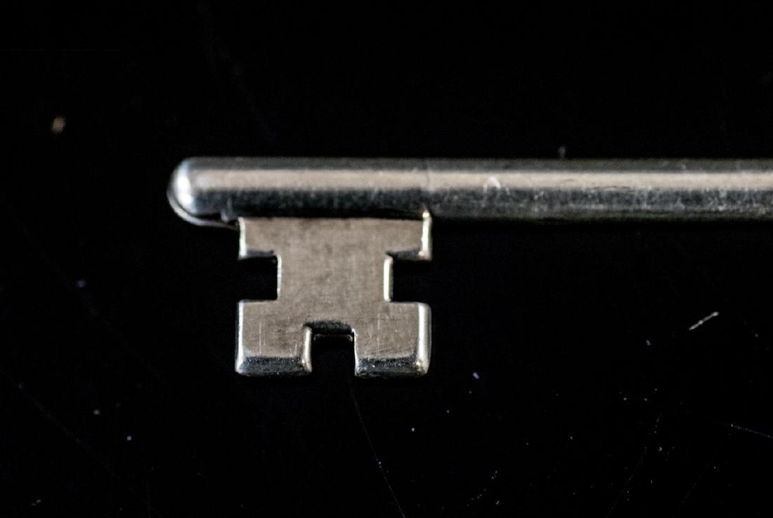 Estate Sterling Silver Las Vegas Key Pendant Charm - 5