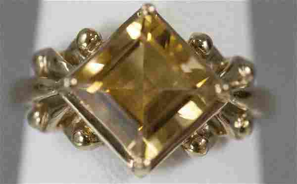 Vintage 10kt Yellow Gold & Citrine Ring