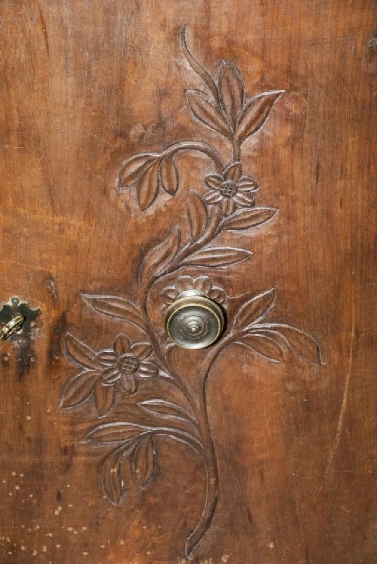 Antique  Arts & Crafts Style Carved Oak Sideboard - 4