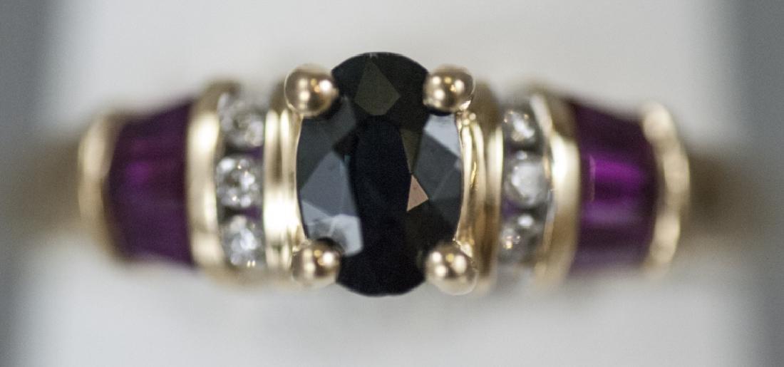 Estate 14kt Yellow Gold Diamond & Sapphire Ring