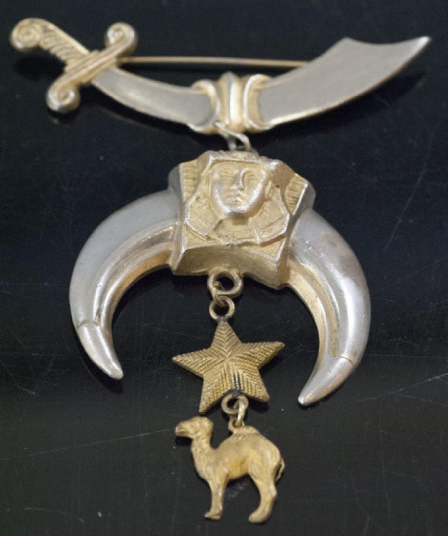 Antique Masonic or Fraternal Organization Brooch